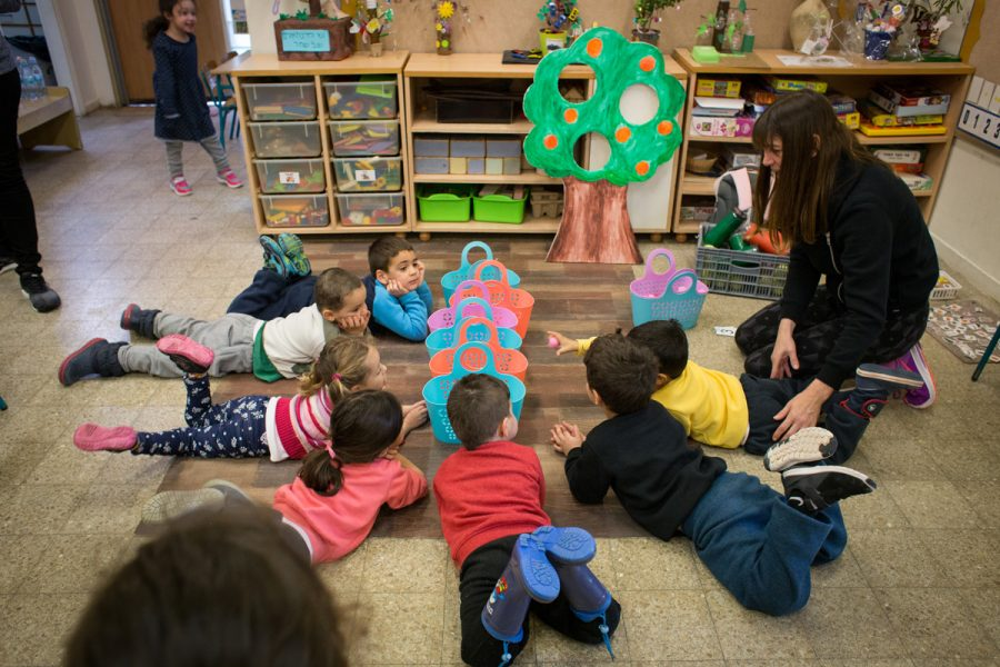 In Gan Pashosh and Gan Efroni the children are learning about the trees in the orchard, following The Abba Tree